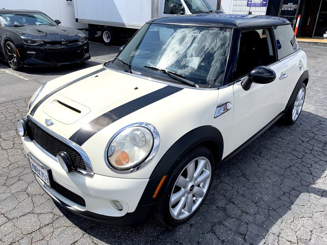 2008 MINI Cooper S 6-Speed Manual